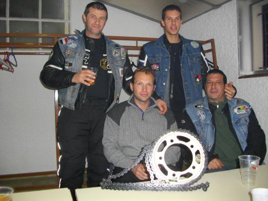 Le trophée des GOUPILS moto club le plus loin 820 Km