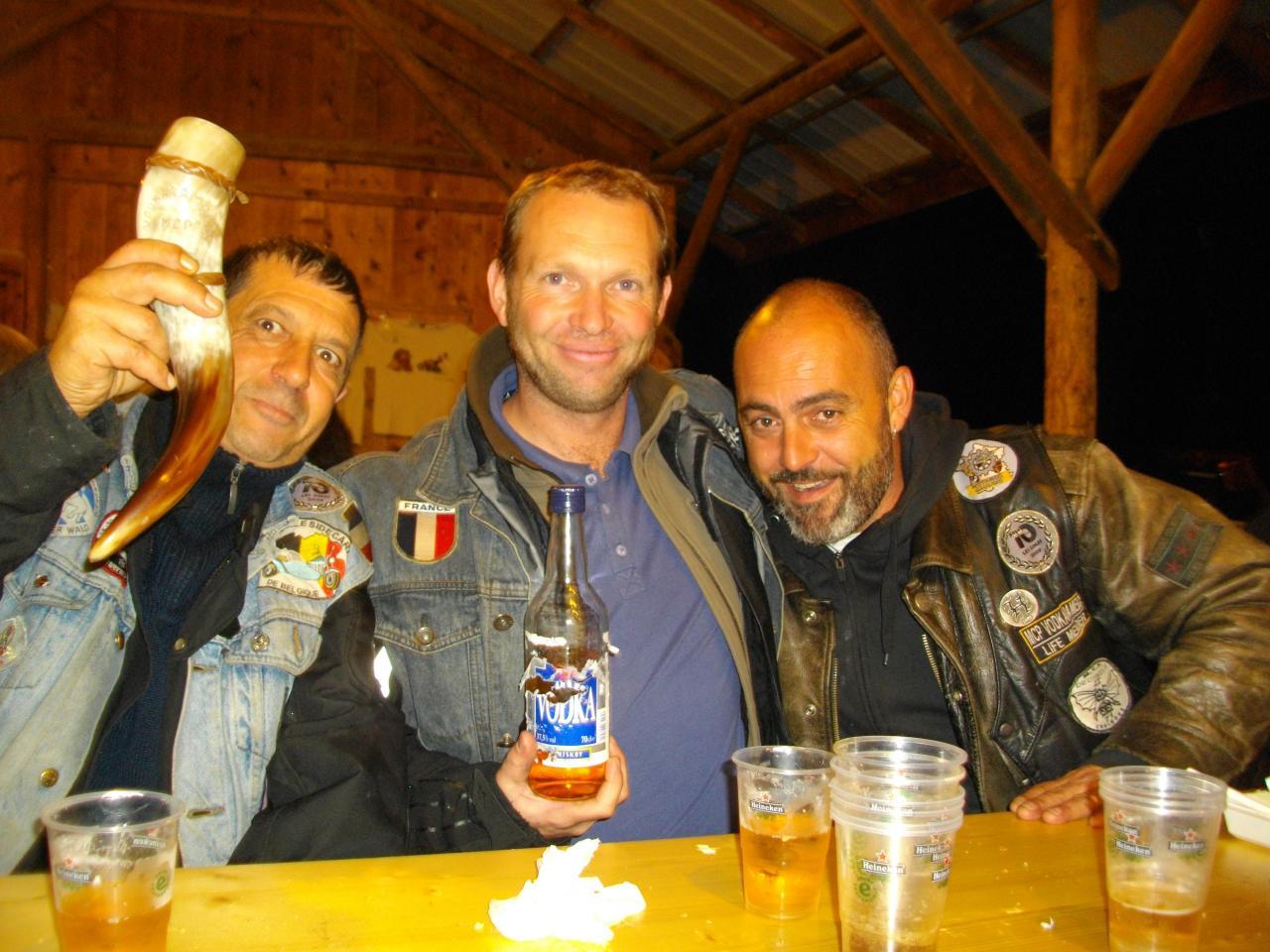 TONY,SEB & WOODY des VODKARAMELOS